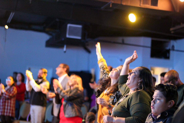 Celebracion Cristiana Adorando a Dios
